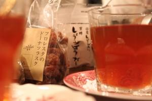紅茶とラスクとしょうがぱうだー